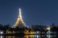 Temple au crépuscule images stock
