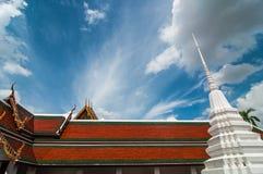 Temple avec le jour de ciel beau Images libres de droits