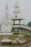 Temple blanc tout près Chiang Rai, Thaïlande Images libres de droits
