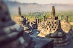 Temple Borobudur de Buddist sur le fond de coucher du soleil Yogyakarta Java, photo libre de droits