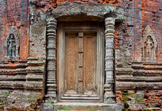 Temple bouddhiste antique de khmer Photo stock