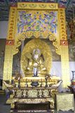 Temple bouddhiste asiatique antique intérieur Image libre de droits