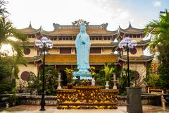 Temple bouddhiste Chiffre se reposant de Bouddha vietnam Da Nang Image libre de droits