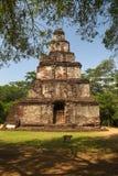 Temple bouddhiste dans la ville antique de Polonnaruwa, Sri Lanka Photos libres de droits