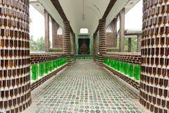 Temple bouddhiste de bouteille Photo libre de droits