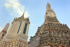 Temple bouddhiste de Wat Arun, Bangkok, Thaïlande - détail photos libres de droits