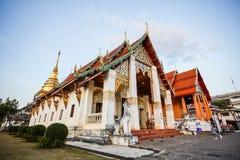 Temple bouddhiste en Thaïlande nordique Images libres de droits