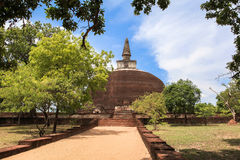 Temple chez Polonnaruwa, Sri Lanka Photos libres de droits