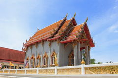 Temple chez Wat Rom Pho Manotham Photo libre de droits
