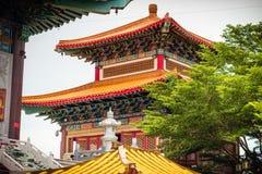 Temple chinois bouddhiste en Thaïlande images stock