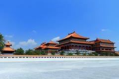 Temple chinois dans Nonthaburi, Thaïlande Photos stock