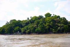 Temple d'île d'Umananda à une petite île du fleuve Brahmapoutre, Guwahati, Assam Images libres de droits