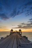 Temple d'abandon dans l'océan Photographie stock