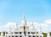 Temple d'Ashokaram avec la pagoda blanche et le ciel bleu et le beauti d'espace libre Photographie stock