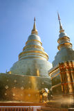 Temple d'or de pagoda en Thaïlande Photographie stock