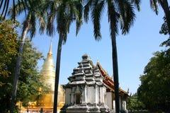 Temple d'or de pagoda en Thaïlande photo stock
