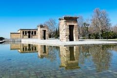 Temple d'Egyptan à Madrid par lumière du soleil image libre de droits