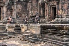 Temple dans la jungle Banteay Srei Image libre de droits