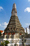 The Temple of Dawn Wat Arun and blue sky Royalty Free Stock Images