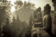 Temple de Borobudur au lever de soleil, Java, Indonésie Photo stock