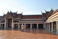 Temple de construction bouddhiste Thaïlande de Wat Phar Sri Bangkok d'architecture Photo stock