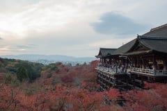 Temple de dera de Kiyomizu en automne Images libres de droits