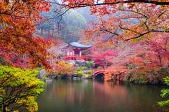 Temple de Kyoto en automne photographie stock