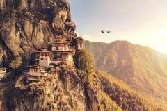 Temple de nid du ` s de tigre ou monastère Bhutan de Taktsang Palphug Image libre de droits