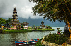 Temple de Pura Ulun Danu Bratan Hindu dans Bali Photo stock