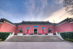 Temple de Qixia au coucher du soleil en hiver Photographie stock