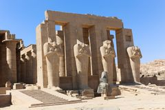 Temple de Ramesseum à Louxor - en Egypte photo libre de droits