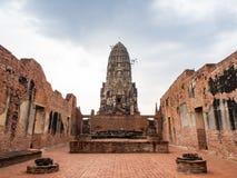 Temple de Ratchaburana photo libre de droits