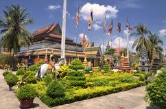 Temple de Rath de bal d'étudiants de Wat Preah chez Siem Reap Images libres de droits