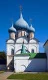 Temple de Rozhdestvenskiy chez Suzdal Images stock