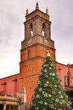 Temple de San Rafael Christmas Tree San Miguel de Allende México Foto de archivo libre de regalías