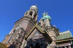 Temple de sauveur sur le sang dans le St Petersbourg Photographie stock