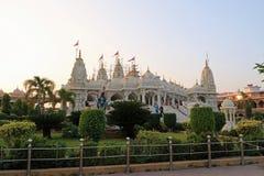 Temple de Swaminarayan - Bhuj au coucher du soleil Photographie stock