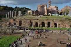 Temple de Vénus et de Roma, voûte de Constantine, ciel, mur, site historique, histoire antique Image libre de droits