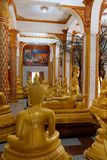 Temple de Wat Chalong Chaithararam Phuket Biggest photographie stock libre de droits