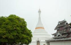Temple de Wat Phra That Doi Kong MU, Mae Hong Son, Thaïlande Image libre de droits