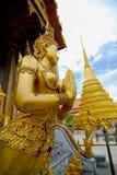 Temple de WAT PHRA KAEW d'Emerald Buddha avec le ciel bleu BANGKOK Photos libres de droits