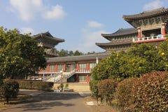 Temple de Yakchunsa de bouddhisme sur l'île de Jeju Images stock