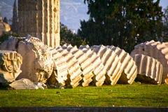 Temple de Zeus olympique à Athènes Photographie stock libre de droits