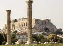 Temple des colonnes olympiennes de Zeus Images stock
