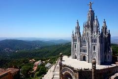 Temple du coeur de flambage sur la colline de Tibidabo à Barcelone images stock