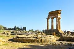 Temple du grec ancien du Dioscuri Images libres de droits