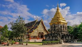 Temple et pagoda d'or photo stock