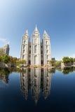 Temple et réflexion de Salt Lake Images libres de droits