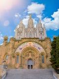 Temple Expiatori del Sagrat Cor op top van Onderstel Tibidabo, Barcelona stock foto