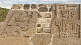 Xochicalco temple of the feathered serpent book